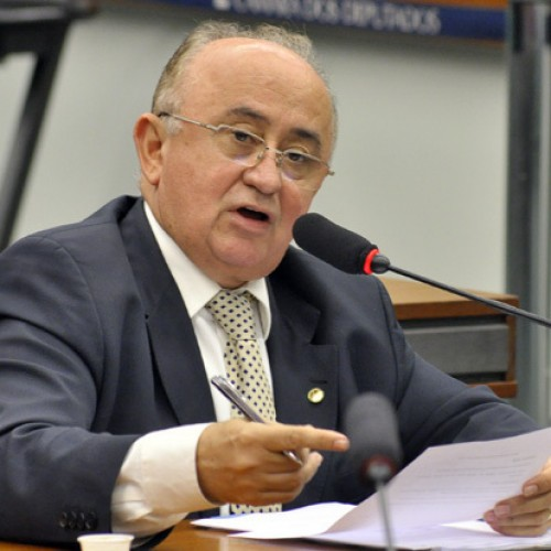 Cortes de Dilma emperram obras no Piauí e preocupam bancada