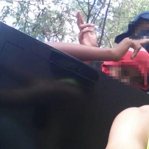 Adolescentes incendeiam, depredam e furtam escola no sul do Piauí e fazem selfie da ação