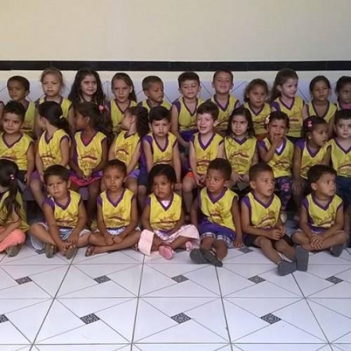 JACOBINA | Prefeitura distribui novo uniforme escolar para alunos da rede municipal