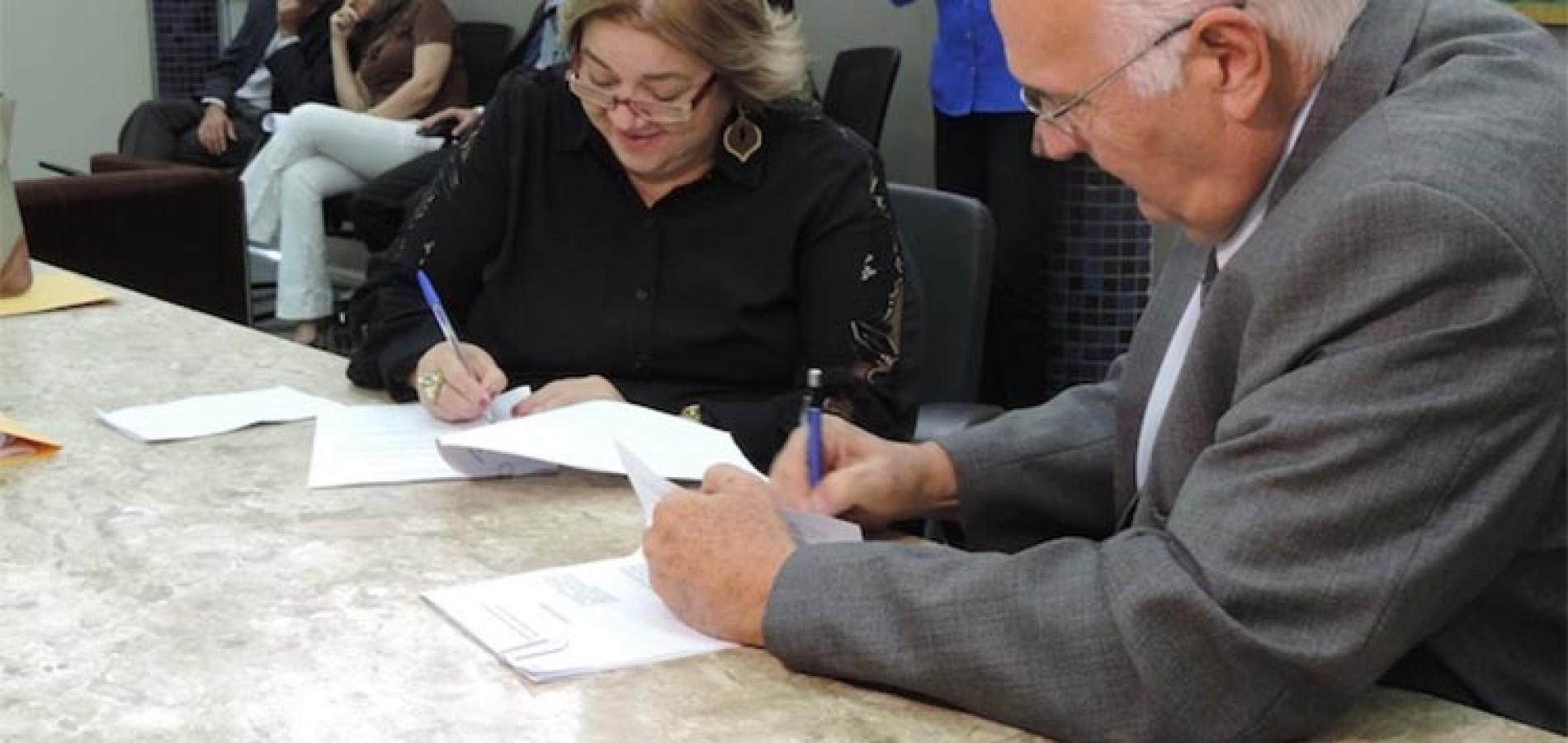 Ministério Público e TCE assinam convênio para combater à corrupção no Piauí