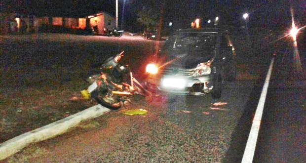 Homem tem fratura exposta após acidente na BR 407, povoado Maria Preta