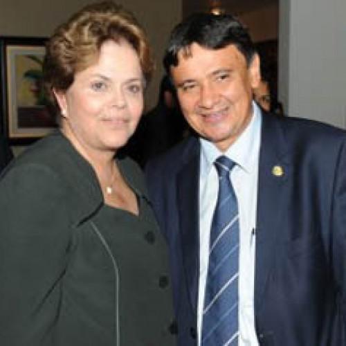 Buscando apoio dos governadores, Dilma convoca Wellington Dias para encontro