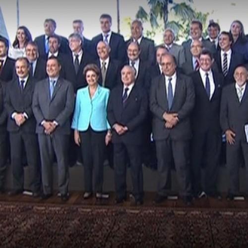 Em reunião com Wellington Dias e governadores, Dilma propõe pacto