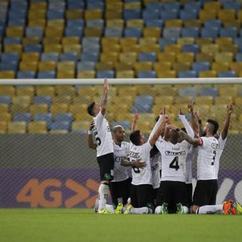 Série A: Flamengo volta a falhar, Figueirense vira aos 48 e vence
