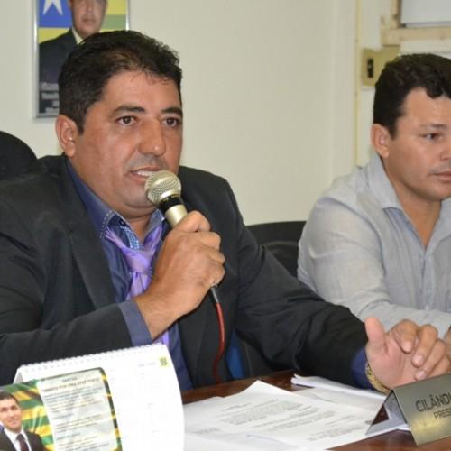 Presidente da Câmara de São Julião denuncia furtos na Prefeitura após cassação