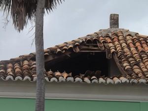 Parte do teto de prefeitura no interior do Piauí desaba