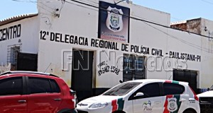 Preso abre buraco em parede e foge da delegacia em  Paulistana