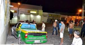 Terror! Bando explode o Banco do Brasil em Jaicós, faz polícia refém e troca tiros