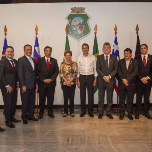 Wellington Dias discute equilíbrio financeiro dos Estados em Fortaleza