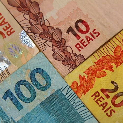 Governo propõe salário mínimo de R$ 865,50 em 2016
