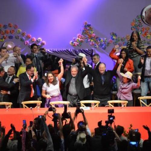 Lula diz que voltará a viajar pelo país para defender governo e o PT