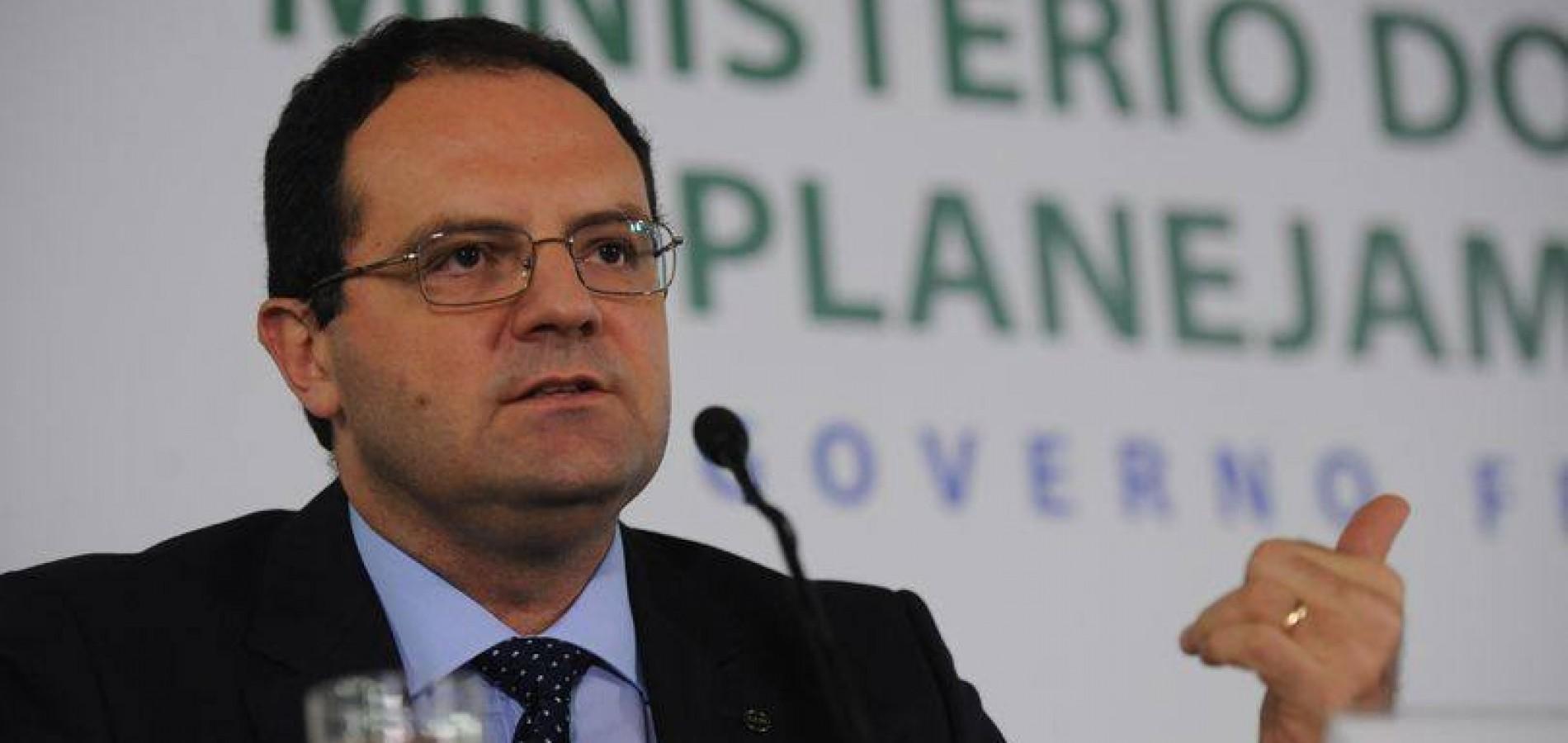 Governo Federal cogita cortar 10 ministérios