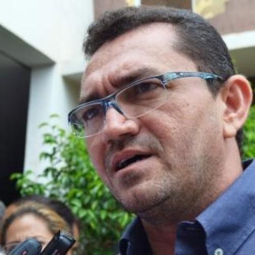 Padre Walmir rebate críticas de José Néri