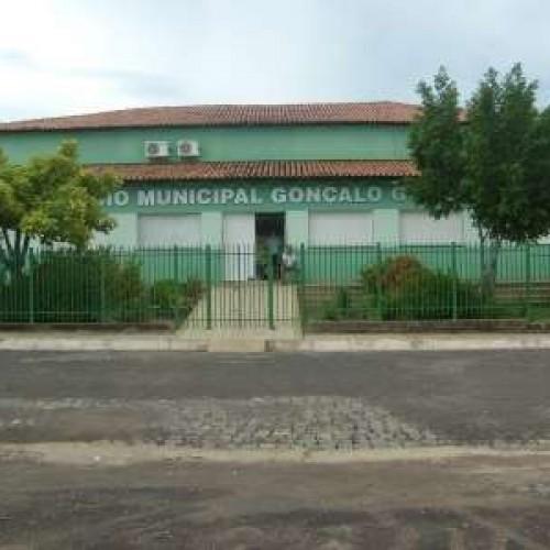 Boi mata mulher ao fugir de matadouro e Justiça condena prefeitura do Piauí
