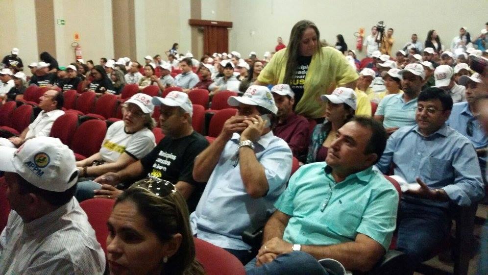 protesto prefeitos12