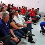 Senadora Regina Sousa visita Simões e se reúne com lideranças políticas e militantes