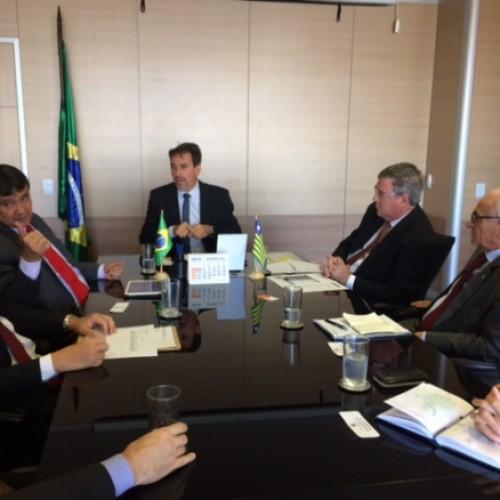 Wellington acerta com ministro conclusão de obras de abastecimento da Barragem de Bocaina