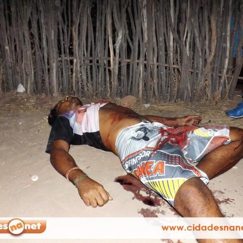 Menor mata homem a facada na cidade de Jaicós; veja imagens