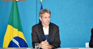 PADRE MARCOS | Câmara aprova requerimentos de Williams solicitando internet e lombada