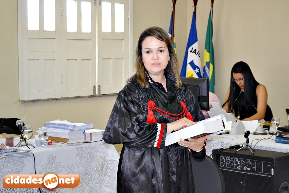 Promotora Ednólia Almeida