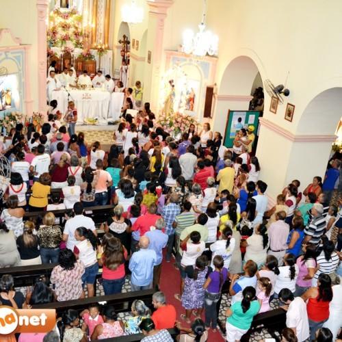 JAICÓS | Imagens de Nossa Senhora retornam à Igreja Matriz na abertura do novenário após 30 dias de peregrinação; veja fotos