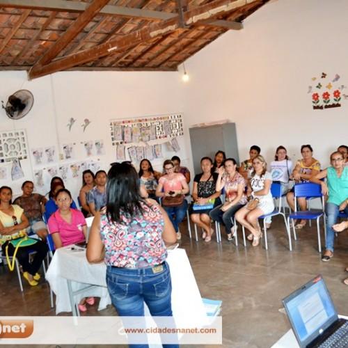 JAICÓS | Educação reúne professores da rede municipal de ensino para discutir propostas pedagógicas
