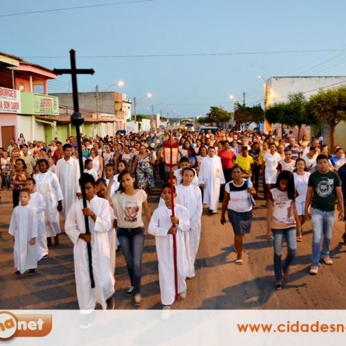 Católicos madrugam e participam da 'Caminhada com Maria' em Jaicós; veja fotos