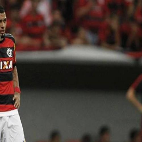 Coritiba estraga festa, tira Flamengo do G-4 e deixa degola