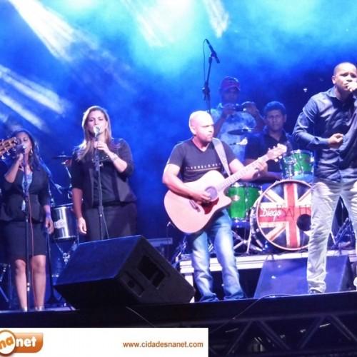 FOTOS   Evento 'Louvorzão Celebrai' em Simões