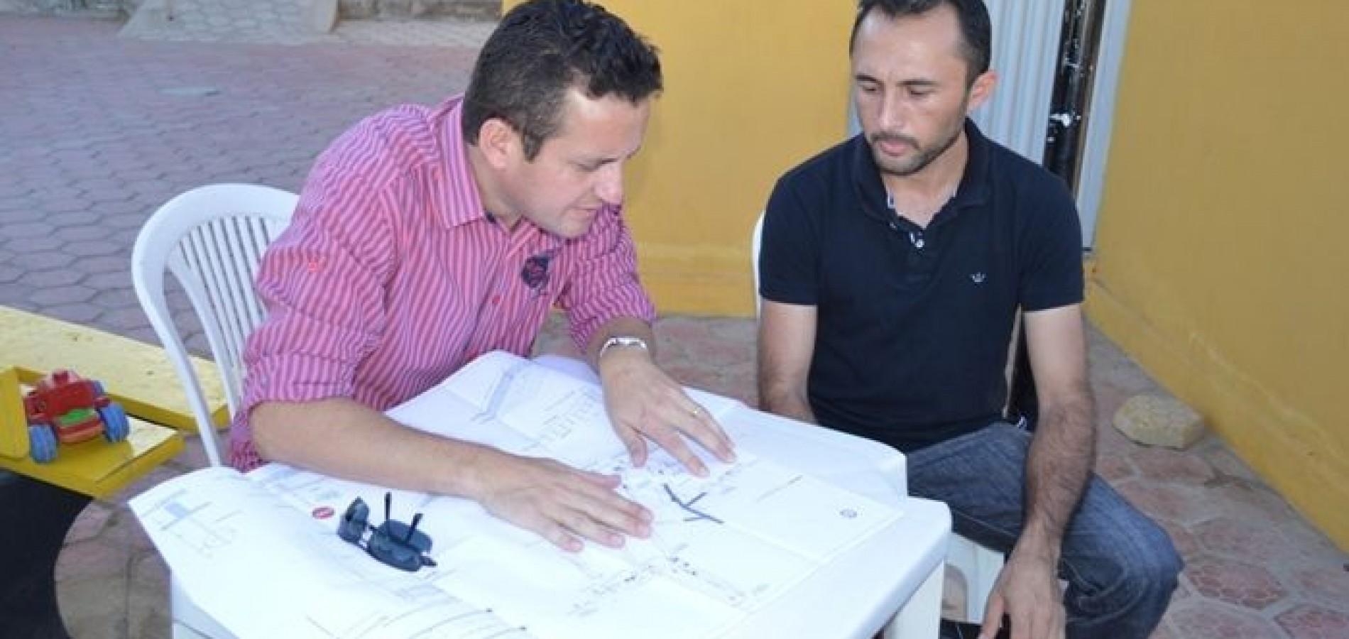 Prefeito Arinaldo Leal assinou ordem de serviço de calçamentos para o povoado o São João Batista