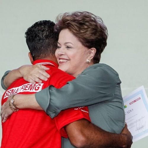 Dilma reduz quase pela metade vagas prometidas para Pronatec até 2018