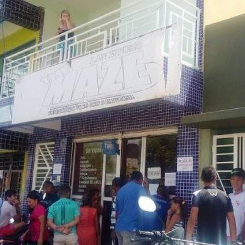 Mulher rende assaltante dentro de lan house em Picos