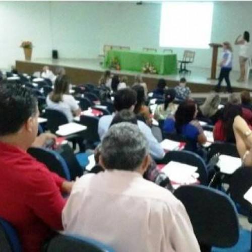 Profissionais do Mais Médicos se reúnem em Picos e discutem melhorias no programa