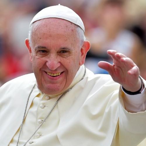 Papa chega hoje a Cuba para visita histórica