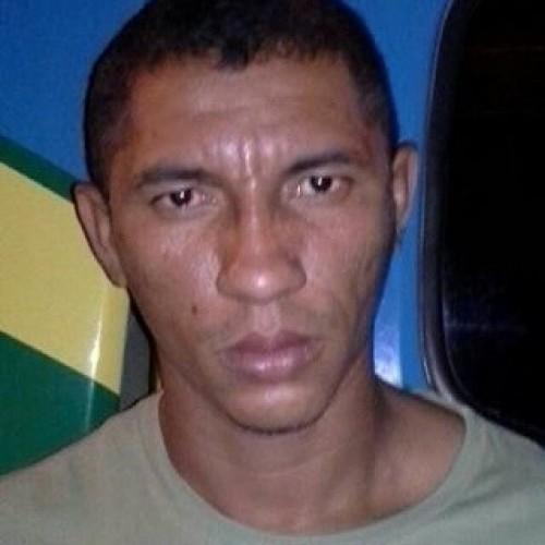 Homem é preso acusado de praticar roubos e furtos contra mulheres em Picos