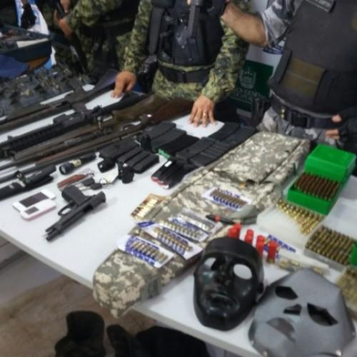 PM prende dois e apreende arsenal usado em assaltos a bancos no Piauí