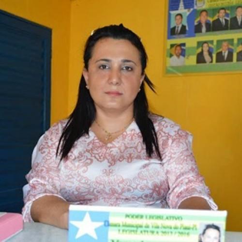 VILA NOVA | Vereadora de oposição vota contra projeto que beneficia crianças