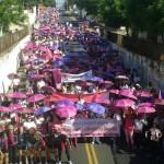 Mais de 4 mil mulheres  participam da Caminhada do Outubro Rosa no Piauí