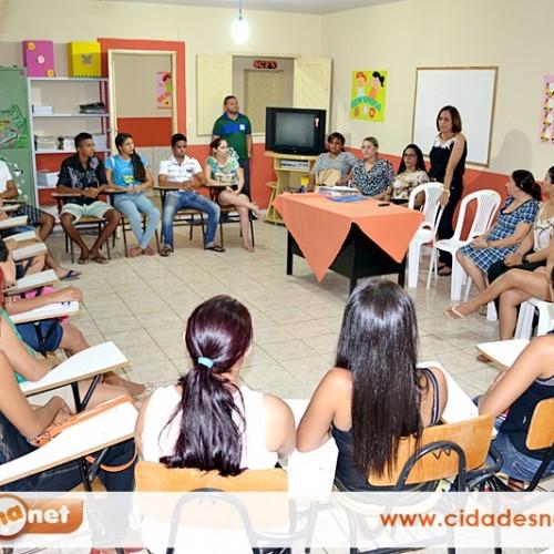 Assistência Social inicia curso profissionalizante para jovens em Patos do Piauí