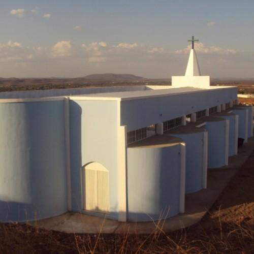 Igreja Católica inaugura novo templo nesta terça-feira em Picos