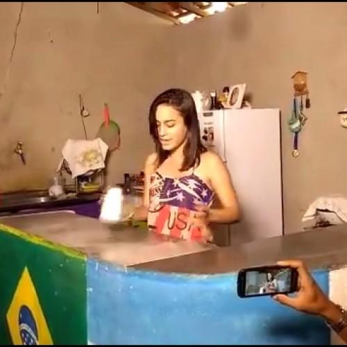 Adolescente de Monsenhor Hipolito grava vídeo caseiro e faz sucesso na internet