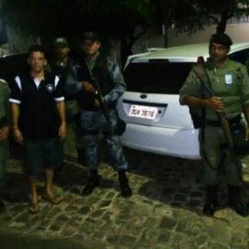 Polícia recupera carro roubado após sequestro relâmpago em Picos