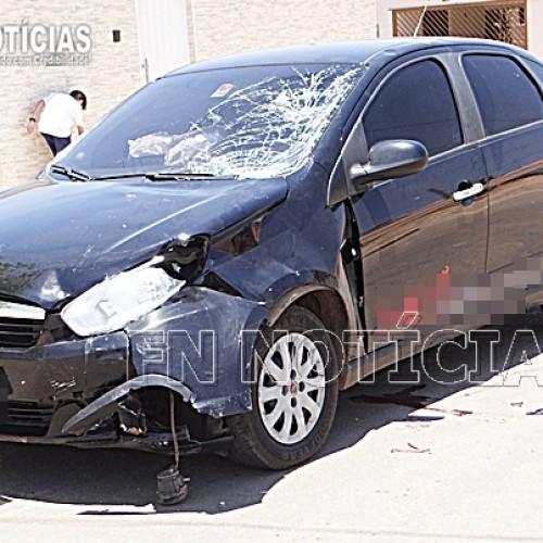 Grave acidente envolvendo carro e moto deixa mãe e filha feridas em Paulistana