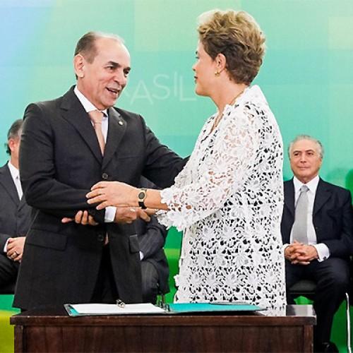 """Marcelo Castro defende Dilma: """"Ela não matou, não roubou, impeachment não tem fundamento"""""""