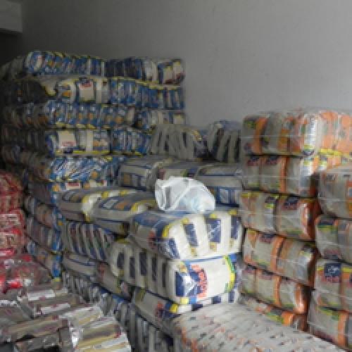 Operação encontra irregularidades e fecha estoques de lojas no interior