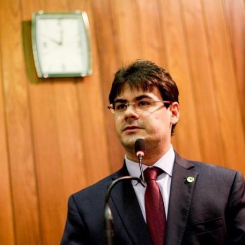 Deputado solicita a Wellington Dias medidas de segurança para a Uespi