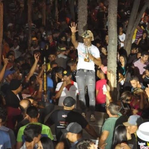 Multidão participa da Festa do Vaqueiro em Itainópolis; veja fotos