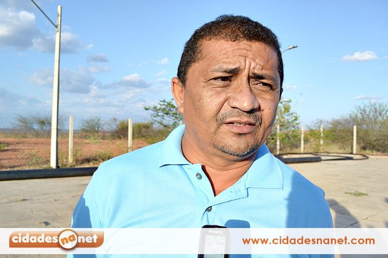 Leônidas, prefeito de Curral Novo