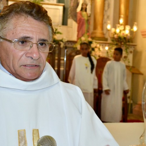 Vereadora de Jaicós propõe Título de Cidadania ao padre Manoel Moura