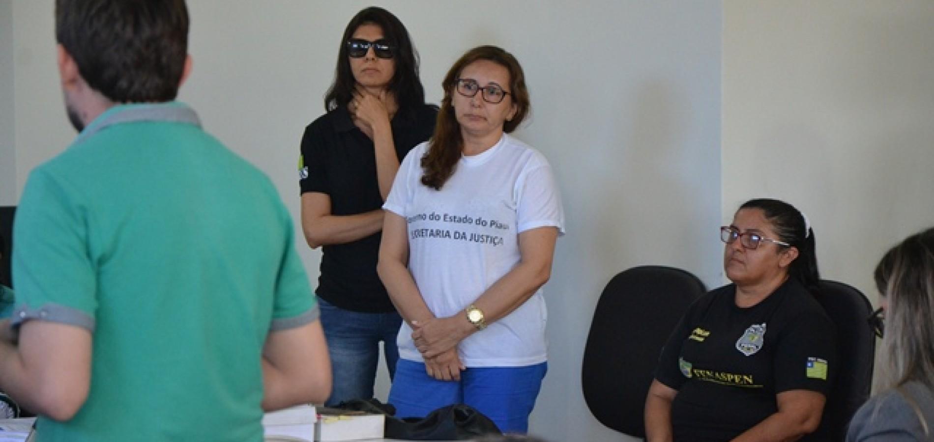 Julgamento de mulher acusada de mandar matar o marido é suspenso